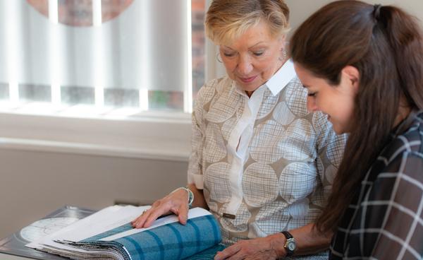 lesley showing designs